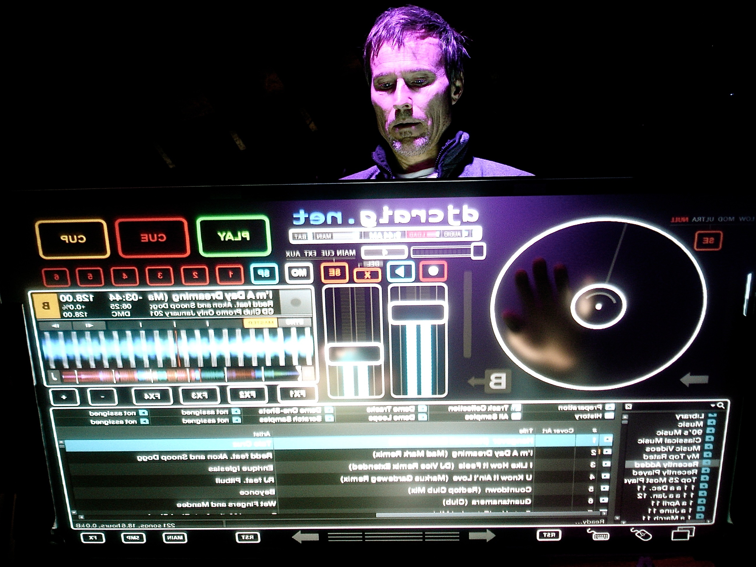 DJ touch screen